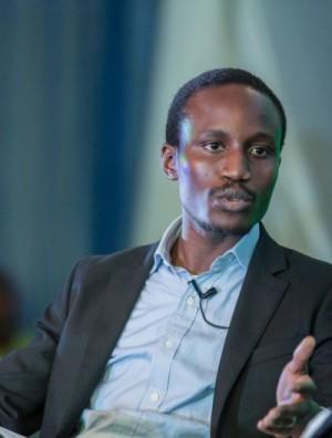 #PINternetFreedom Chat With Tolu Ogunlesi (@ToluOgunlesi)
