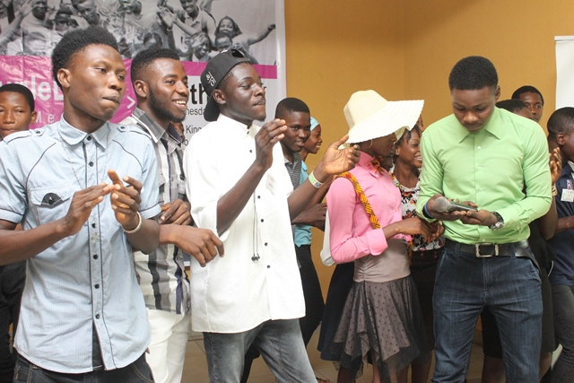 #AjegunleLIFE: Paradigm Initiative Nigeria holds town hall meeting in Ajegunle
