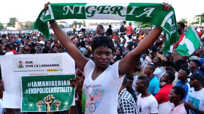 Facebook et Les Manifestations Politiques en Afrique.